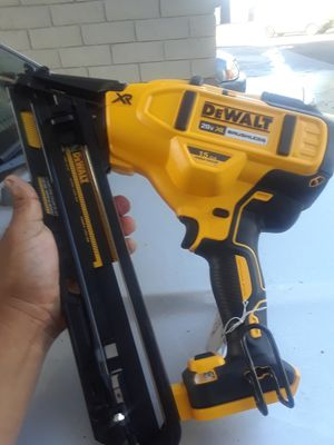 DEWALT 20V XR BRUSHLESS 15GA FINISH NAILER. TOOL ONLY for Sale in Imperial Beach, CA
