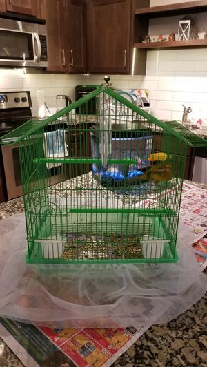 Medium sized cage for birds for Sale in Houston, TX