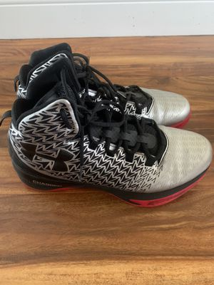 Under Armor Charged basketball shoes size 10.5 for Sale in Southwest Ranches, FL