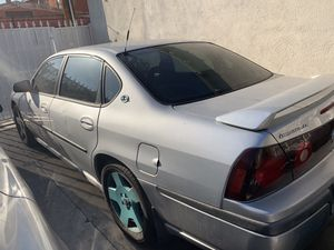 Parting out 2 Chevy impalas 2001 for Sale in Los Angeles, CA