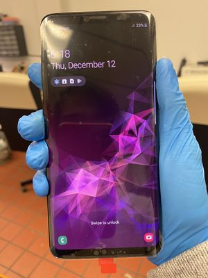Samsung galaxy S9+ 64gb Unlocked. Store receipt and warranty for Sale in Boston, MA