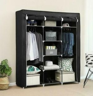 "Portable Closet Wardrobe Clothes Ample Storage Space Organizer Armoire (69"") for Sale in Los Angeles, CA"