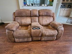 Powered love seat for Sale in Plano, TX