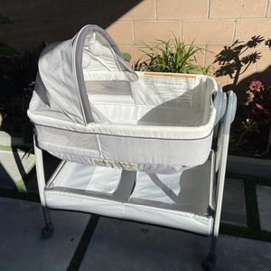 Bassinet for Sale in Upland, CA