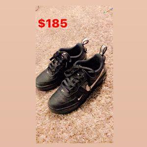 Nike Airforce 1 Low Utility Black White for Sale in Phoenix, AZ