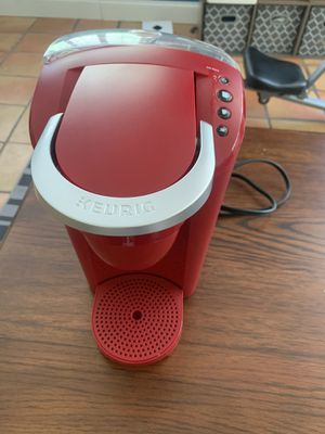 Red Keurig Coffee Maker for Sale in Davie, FL