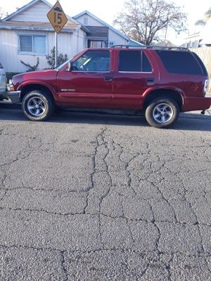 Chevy blazer 2002 for Sale in Oakland, CA