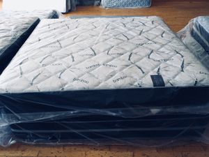 New King Bamboo Plush Mattress for Sale in Lynchburg, VA