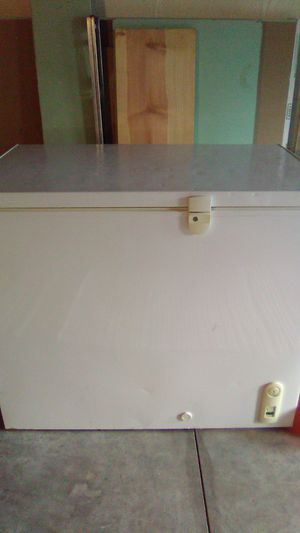 GE Deep Freezer for Sale in Williamstown, WV