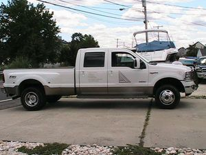 Ford F-350 2006King ranch 6.0 diesel every option available for Sale in Beachwood, NJ