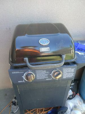 Bbq grill for Sale in Hanford, CA