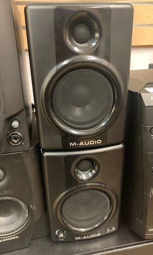 M-audio AV40 speakers w cords for Sale in Raleigh, NC