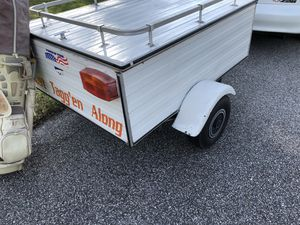 4x5x2 Enclosed Trailer. Perfect condition for Sale in Kissimmee, FL