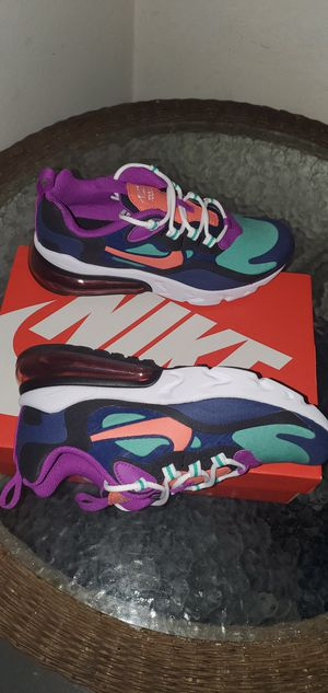 NIKE AIR MAX 270 GIRLS SHOES NEW for Sale in Orange, CA