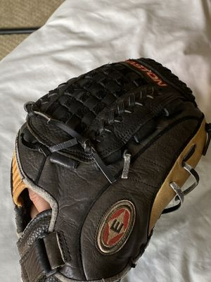 "Easton Typhoon 13"" softball /baseball glove for Sale in San Diego, CA"