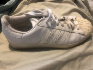 Adidas shell toe women's size 9 shoes for Sale in Montpelier, MD