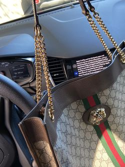 Gucci Hand Bag With Wallet for Sale in Renton,  WA