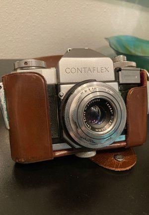 Vintage Zeiss Ikon Contaflex Synchro-compur 35mm camera w original case for Sale in San Antonio, TX