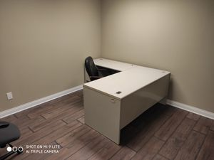 Office table for Sale in Orland Park, IL