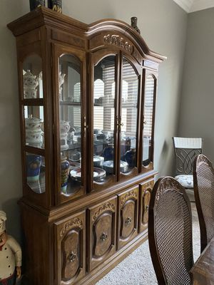 Dining room set for Sale in Beaumont, CA