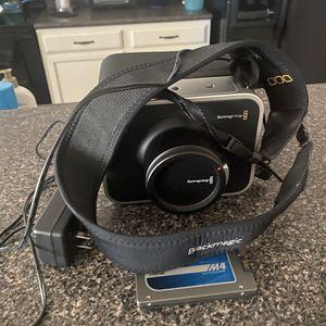 Black Magic 2.5k Cinema Camera for Sale in Cibolo, TX
