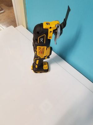 Dewalt 20v max multi tool no batteries no charger tool only for Sale in Alpharetta, GA