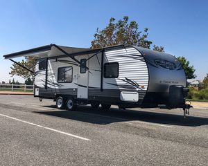 2016 Salem CruiseLite Bunkhouse Travel Trailer GREAT CONDITION for Sale in Upland, CA