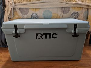Blue Rtic 65 Cooler for Sale in Seattle, WA