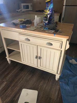 Kitchen island / table for Sale in Rialto, CA