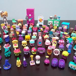 Shopkins dolls toys set for Sale in Phoenix, AZ