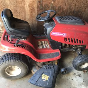 Riding Mower for Sale in Gainesville, GA