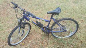 18 speed bicycle for Sale in Alvarado, TX