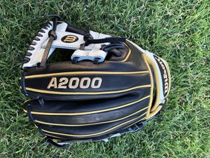 "A2000 11.50"" Wilson 11 1/2"" Baseball Glove Firm $165 for Sale in Phoenix, AZ"