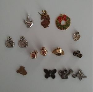 JEWELRY CHARMS LOT for Sale in Fresno, CA