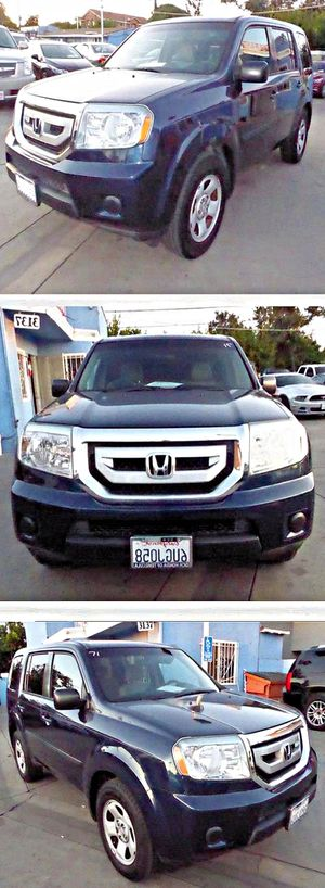 2011 Honda Pilot LX 2WD 5-Spd AT for Sale in South Gate, CA