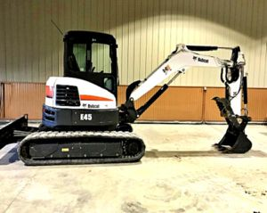 _'17 E45 BOBCAT for Sale in Columbia, MO