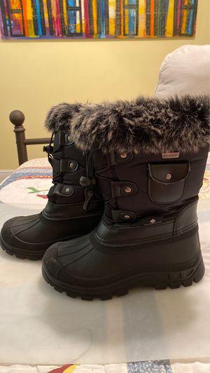 Snow Boots size 13 for Sale in Pembroke Park, FL