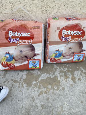 Diapers $10 for both packs for Sale in Rialto, CA