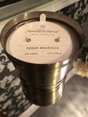 Hearth & Hand with Magnolia Cedar Magnolia Soy Candle for Sale in Hacienda Heights, CA