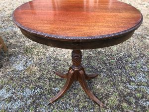Vintage small table mahagony top. $8 for Sale in Stanwood, WA