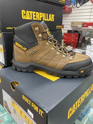 Work boots Caterpillar for Sale in Chino, CA