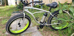 Sun Electric Bike / Beach cruiser w/ fat wheels - like New w/ only ridden 140 miles for Sale in St. Petersburg, FL