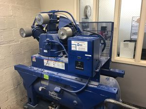 Quincy Air Compressor for Sale in Seattle, WA