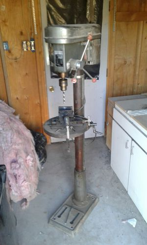 VINTAGE DRILL PRESS 5 SPEED COMPLETE UNIT for Sale in Mesa, AZ