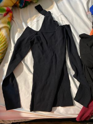 Long sleeve shirt small for Sale in Perris, CA