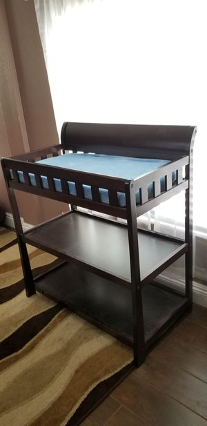 Baby changing table for Sale in Las Vegas, NV