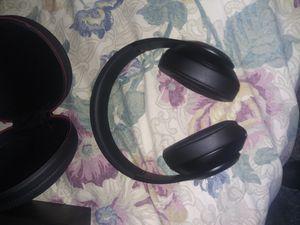 Brand new beats studio noise cancellation for Sale in Dallas, TX