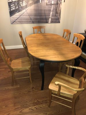 Dining Table and chairs for Sale in Oviedo, FL