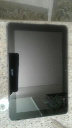 Acer tablet for parts or repair 10 x 7 screen for Sale in CTY OF CMMRCE,  CA