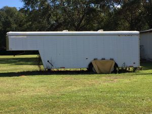 28'Fifth wheel Box Trailer for Sale in Pace, FL